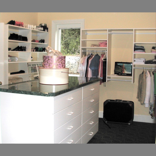 Walk in closets for 1800 closets